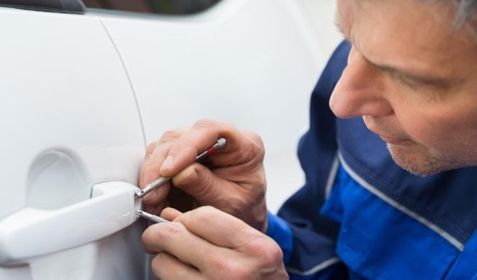 What Are the Benefits of Automotive Locksmith Services? 2020 - Negosentro